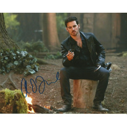 COLIN O'DONOGHUE SIGNED ONCE UPON A TIME 8X10 PHOTO (3)