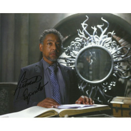 GIANCARLO ESPOSITO SIGNED ONCE UPON A TIME 8X10 PHOTO