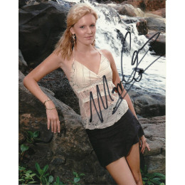 MAGGIE GRACE SIGNED SEXY LOST 10X8 PHOTO (3)