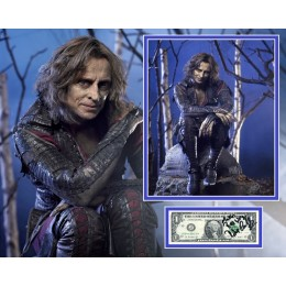 ROBERT CARLYLE SIGNED ONCE UPON A TIME PHOTO MOUNT UACC REG 242 (1)