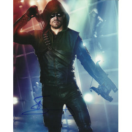 STEPHEN AMELL SIGNED ARROW 8X10 PHOTO (9)