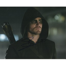 STEPHEN AMELL SIGNED ARROW 8X10 PHOTO (3)