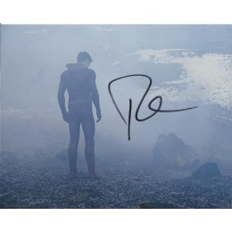 ROBBIE AMELL SIGNED THE FLASH 8X10 PHOTO