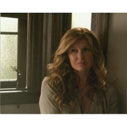 CONNIE BRITTON SIGNED SEXY AMERICAN HORROR STORY 10X8 PHOTO (1)