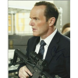 CLARK GREGG SIGNED AGENTS OF SHIELD 8X10 PHOTO (3)