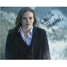 DANIELLE PANABAKER SIGNED THE FLASH 10X8 PHOTO