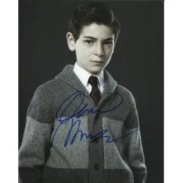 DAVID MAZOUZ SIGNED GOTHAM 8X10 PHOTO (5)
