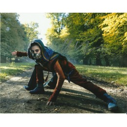 ALLY IOANNIDES SIGNED INTO THE BADLANDS 10X8 PHOTO