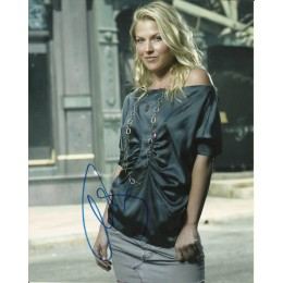 ALI LARTER SIGNED SEXY HEROES 10X8 PHOTO (1)