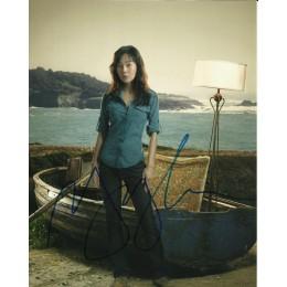 YUNJIN KIM SIGNED LOST 10X8 PHOTO (1)