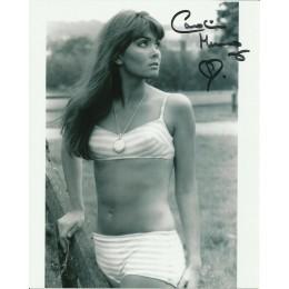 CAROLINE MUNRO SIGNED SEXY 10X8 PHOTO (3)