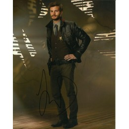 JAMIE DORNAN SIGNED ONCE UPON A TIME 8X10 PHOTO