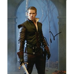 JOSH DALLAS SIGNED ONCE UPON A TIME 8X10 PHOTO (1)