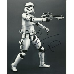 KEVIN SMITH SIGNED STAR WARS 8X10 PHOTO (1)