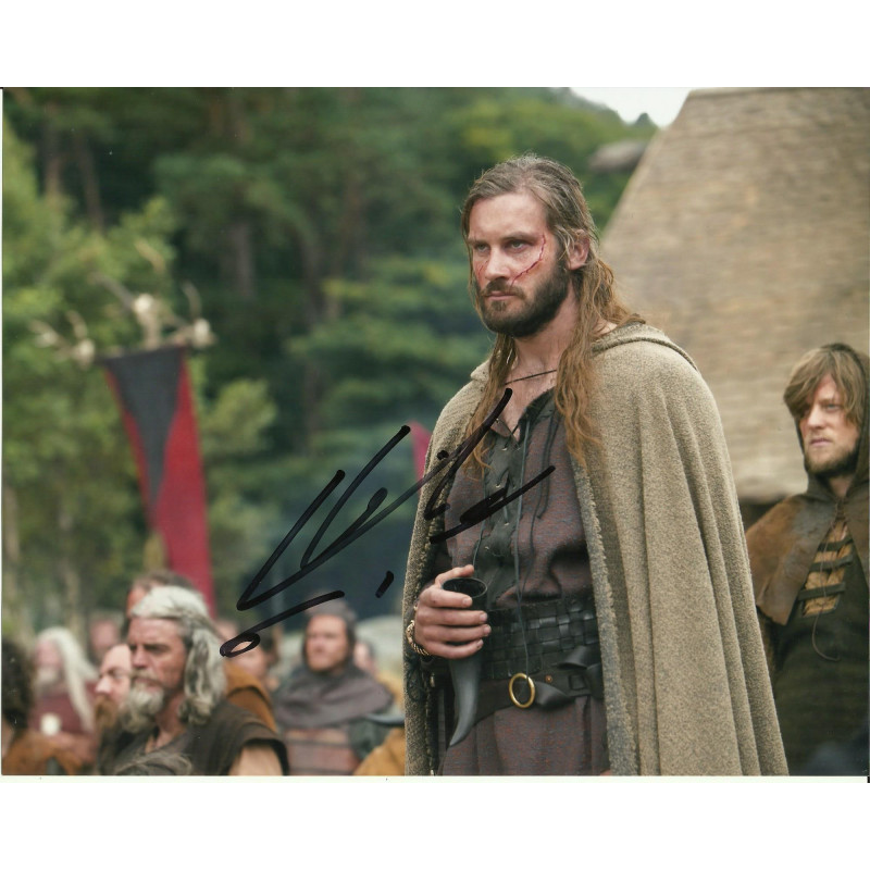 CLIVE STANDEN SIGNED VIKINGS 8X10 PHOTO (1)