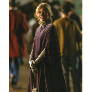 MICHELLE WILLIAMS SIGNED THE GREATEST SHOWMAN 10X8 PHOTO