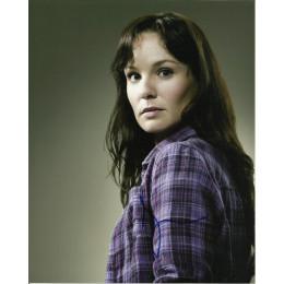SARAH WAYNE CALLIES SIGNED THE WALKING DEAD 10X8 PHOTO (1)