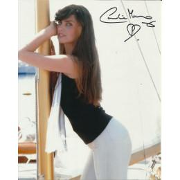 CAROLINE MUNRO SIGNED SEXY 10X8 PHOTO (7)