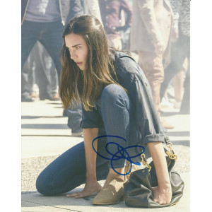 ODETTE ANNABLE SIGNED SUPERGIRL 10X8 PHOTO (1)