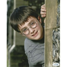 DANIEL RADCLIFFE SIGNED HARRY POTTER 8X10 PHOTO (4) ALSO ACOA CERTIFIED