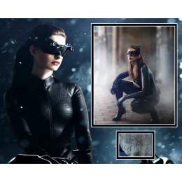 ANNE HATHAWAY SIGNED THE DARK KNIGHT RISES PHOTO MOUNT  ACOA
