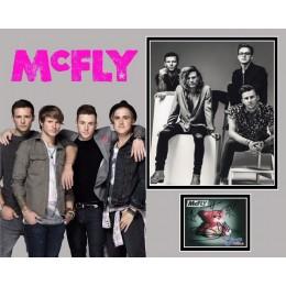MCFLY SIGNED  PHOTO MOUNT  (2)