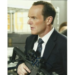 CLARK GREGG SIGNED AGENTS OF SHIELD 8X10 PHOTO (5)