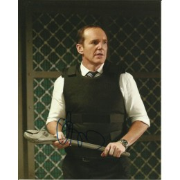 CLARK GREGG SIGNED AGENTS OF SHIELD 8X10 PHOTO (7)
