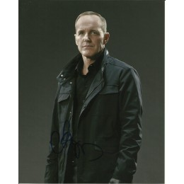 CLARK GREGG SIGNED AGENTS OF SHIELD 8X10 PHOTO (9)