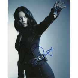 CHLOE BENNET SIGNED AGENTS OF SHIELD 10X8 PHOTO (3)