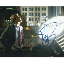 AARON ECKHART SIGNED THE DARK KNIGHT 8X10 PHOTO (2)